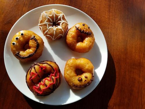 ハロウィンのお菓子(ドーナツ)