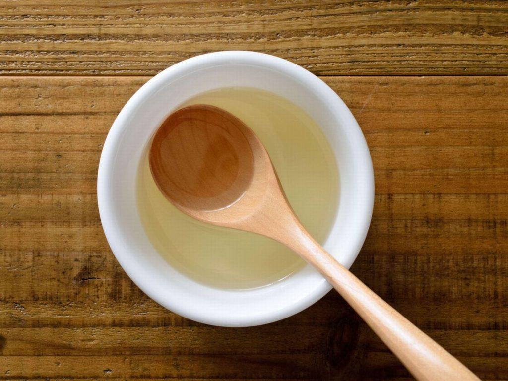 材料のサラダ油