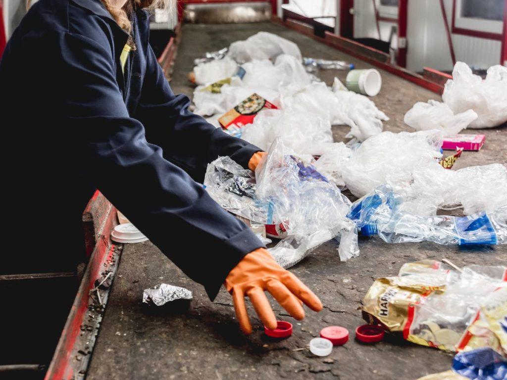 廃棄プラスチック