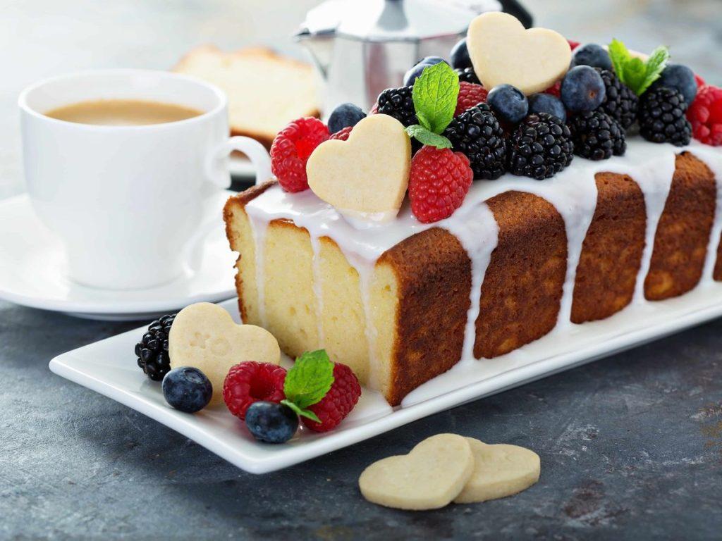 ハートをあしらったパウンドケーキ