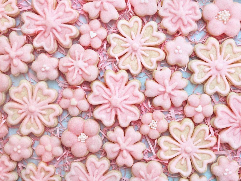 桜の形をしたクッキー